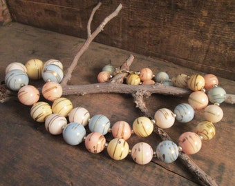 vintage pastel graduated bead necklace