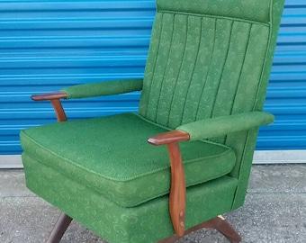 Mid century green rocking chair vintage retro nice