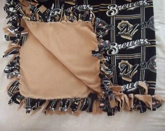 Milwaukee Brewers Tie Blanket