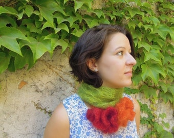 green scarf knitted by hand in kid mohair and silk