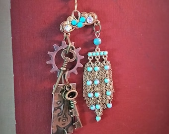 Turquiose & brass keys can bring a bright idea