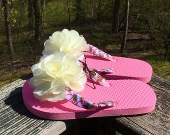 Pink Horse Flip Flops, Girl Flip Flops, Horse Flips Flops, Ivory Flower, Size 11/12 Girls, Flip Flop Time