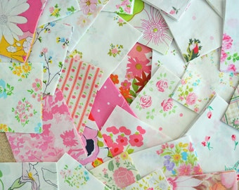 PINK Bundle. 10 Vintage Sheet Charm Pack. 5 x 5 Fabric Squares. Quilting Bundle. Vintage Pink Fabric. Floral. Fabric Scraps.
