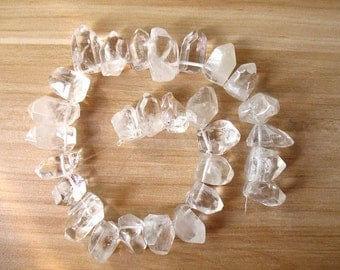 Natural Clear Quartz Point Beads Top Drilled Polished Rock Cystal Quartz Spike Points Beads Healing Crystal High Quality A055