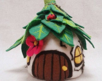 Needle Felted Fairy House, Felt Fairy House, Fairy Cottage. Pixie House. OOAK Whimsical Fairytale Art