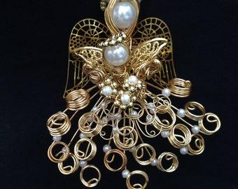"Gold Wire Angel ""Karina"" Dear Little One Mark 10:13"
