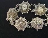 Vintage Silver Spider Web Bracelet - Vintage Halloween Spider Bracelet - Antique Silver Spider Web Bracelet - Silver Spider Bracelet