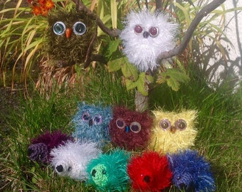 Mini Fluffy Animal Ornaments. Small Knitted Owls And Hedgehogs.