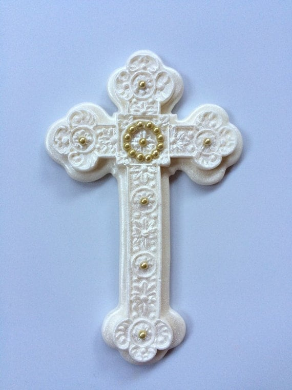 how to make a pearl cross cake topper