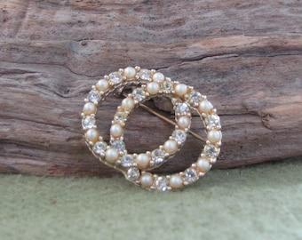 Vintage Dual Circles Pearl and Rhinestone Brooch Circular Lapel Pin Circa 1940s
