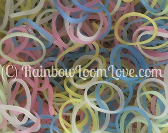 Rainbow Loom Bands -- SOLAR DUST -- Pastels-to-Purple / Pink -- UV Color-changing Bands for Kids Crafts & Rubber Band Bracelets. (B0205)