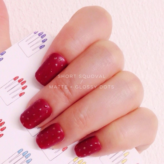 Items similar to Short Squoval, 20pcs, Matte Red + Glossy ...