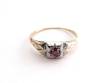 Pink Diamond Ring With Illusion Mount in Platinum and Gold