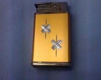 Gold Royal Music lighter, ladies vintage gold lighter, Fur Elise, Fleur de Lis music, vintage gold ladies cigarette lighter, music lighter