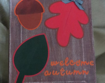 Welcome Autumn canvas with leaves and acorn