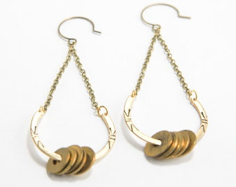 SONG [BRASS] | Stamped U-Shaped Brass with Vintage Brass Washers Dangle Earrings