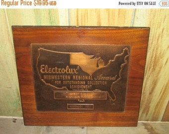 ON SALE NOW Vintage Electrolux Midwestern Regional Award Bay City Michigan Division 1961 Copper Award