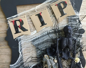 RIP Halloween Wall Hanging
