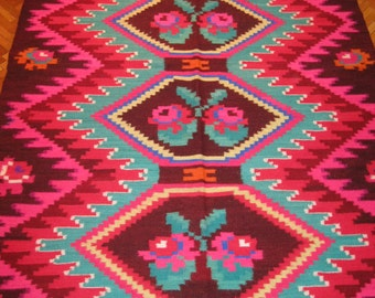 Antique Romanian hand woven wool carpet /rug from Transylvania  - 35