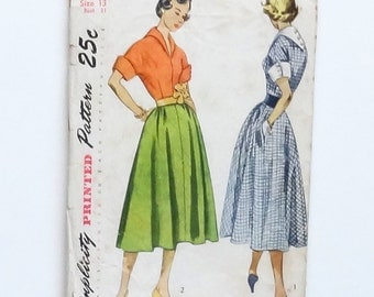 Vintage 1950 Junior or Misses One-Piece Dress Sewing Pattern - Simplicity #3241 - Size 13 (Bust 31 - Waist 25 1/2)