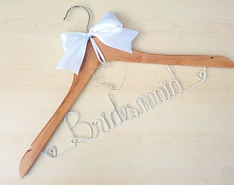 Personalized Bridesmaid Hanger, with silver wire heart pendant, bridesmaid gift, maid of honor hanger gift, mother of bride hanger