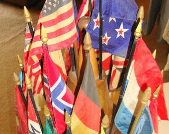 Vintage Desktop 24 American & Foreign Flags - Collection