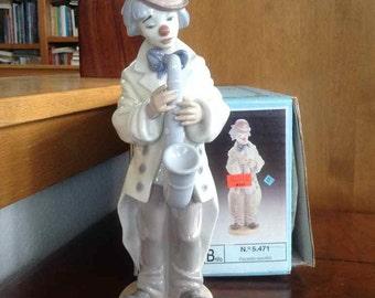 "Vintage Lladro Porcelain ""Payasito Saxofon"" #5471 - Handmade in Spain - 1988 to Present"