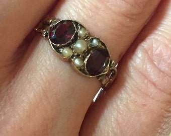 Victorian garnet, gold and pearl ring
