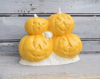 Pumpkin Decor, Halloween Decor, Jack O Lantern, Ceramic Pumpkins, Fall Decor, Pumpkins with Mouse, Autumn Decor,Halloween Tabletop