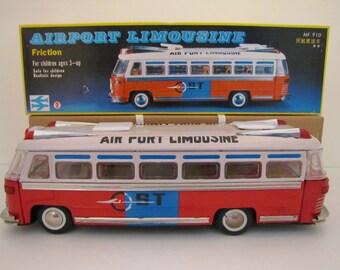 1980s Airport Limousine (MF 910)