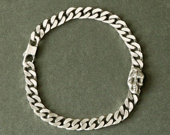 Vanity (thick chain with a skull in silver) silver bracelet
