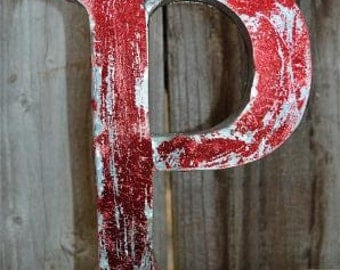 Medium vintage style 3D red letter P