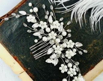 Bridal hair comb, Bridal headpiece, Bridal head piece, Pearl bridal hair comb, Pearl Bridal headpiece, Pearl Wedding comb