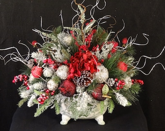 Christmas Arrangement, Christmas Centerpiece, Xmas Table Arrangement, Holiday Arrangement, Christmas decoration,Christmas floral arrangement