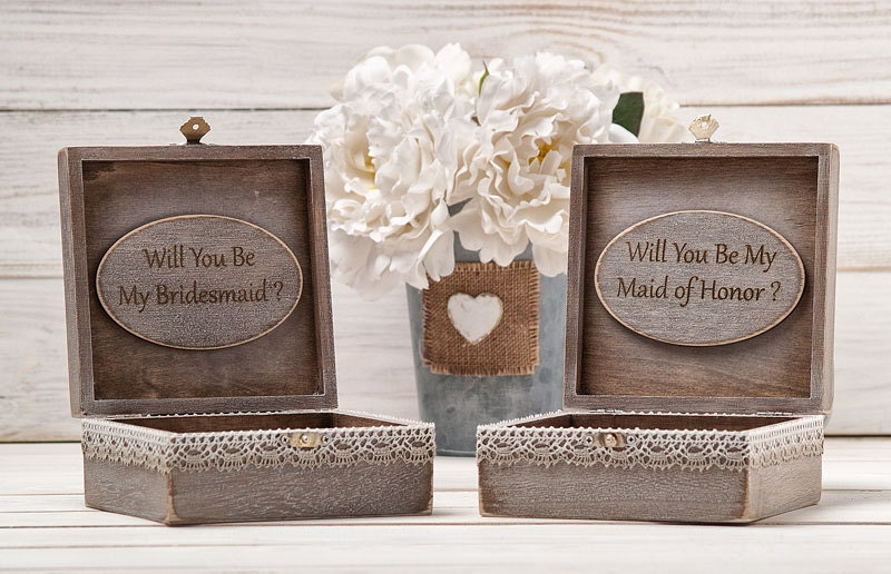 Maid Of Honor Gifts From Bride: Maid Of Honor Gift Box Bridesmaid Proposal Box Personalized