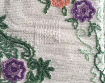 Vintage Chenille Bed Spread - Queen