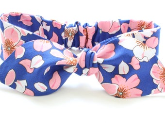 Newborn size only** one left****Baby Top knot headband -  bow adjustable headband - blossoms on blue