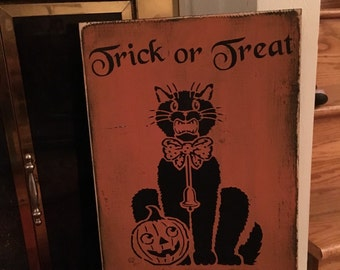 "11""x18"" Trick or Treat Vintage Look Sign"