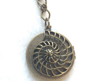 Bronze Shell Octopus Locket Necklace