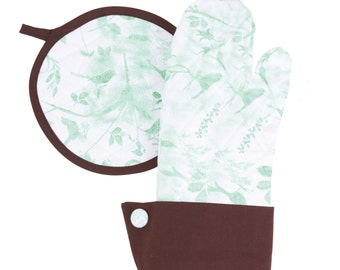 Flirty Aprons Soft Teal Oven Mitt / Pot Holder Set