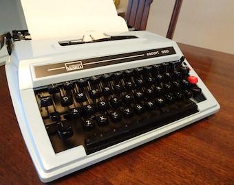 Blue Typewriter, Vintage Typewriter, Manual Typewriter, Wards 350, Wards Typewriter, l970's Typewriter, Mid Century Modern, Made in Japan