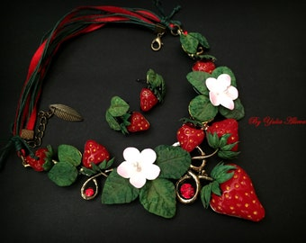 Strawberry necklace, Spring necklace, Strawberry polymer clay, Strawberry jewelry, Polymer clay berries, Strawberry earrings, Red berries