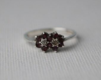 Vintage Sterling Silver Amethyst Cluster Ring - Vintage Ring - Vintage Amethyst Ring - Vintage Cluster Ring - Vintage Silver Ring sz L or 6