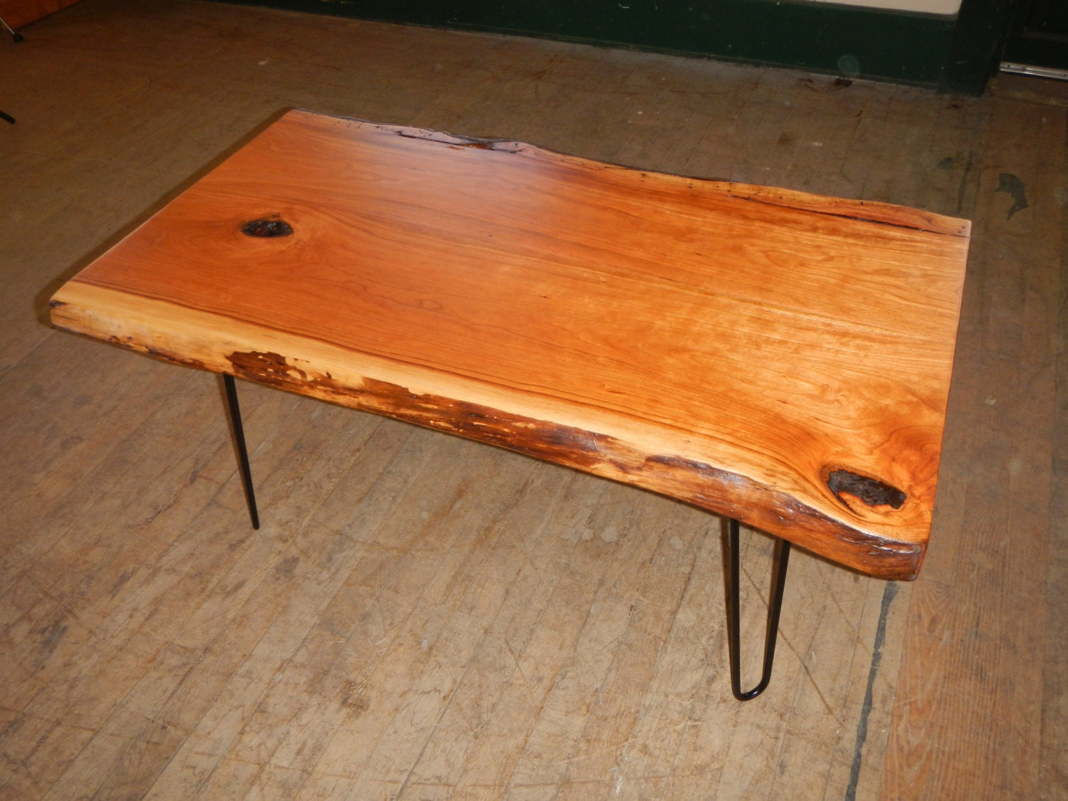 soldcherry wood live edge coffee table with hairpin legs. Black Bedroom Furniture Sets. Home Design Ideas