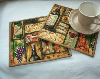 Set of 2 Quilted Cotton Mug Rugs - Snack Mats - Wine Print - Reversible