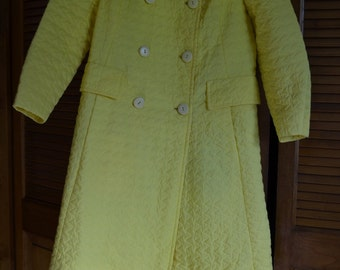 Raincoat Yellow, vintage