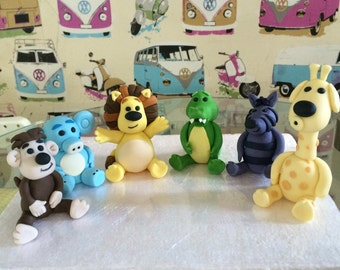Raa raa lion and friends cake topper