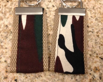 Mini key fob set of 2, camo print
