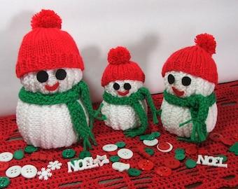 Snowman family, Holiday mantel decor, Christmas hostess gift, knit snowmen, table top decor, holiday accent
