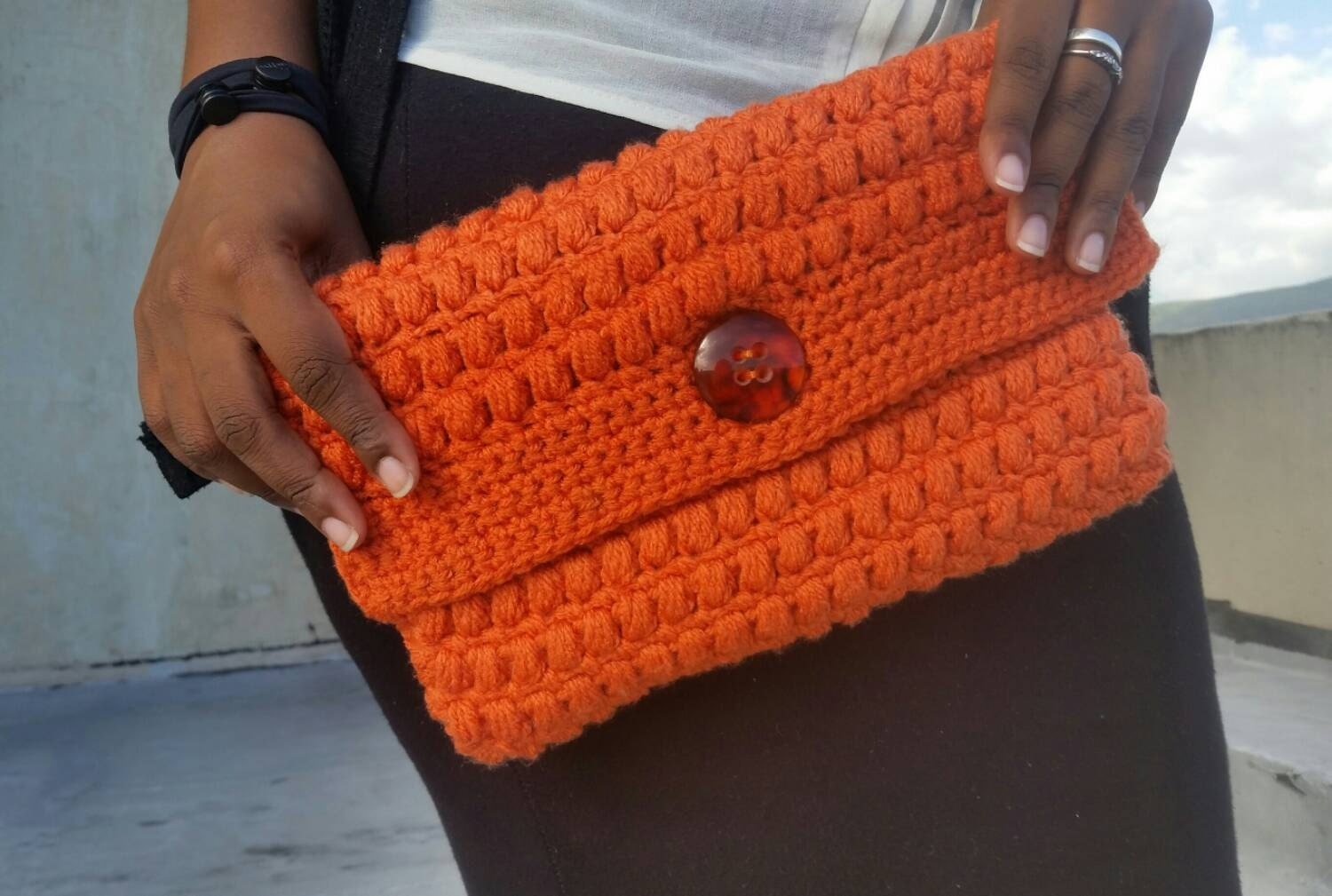 Crochet clutch purse. Evening purse. Rust colour.